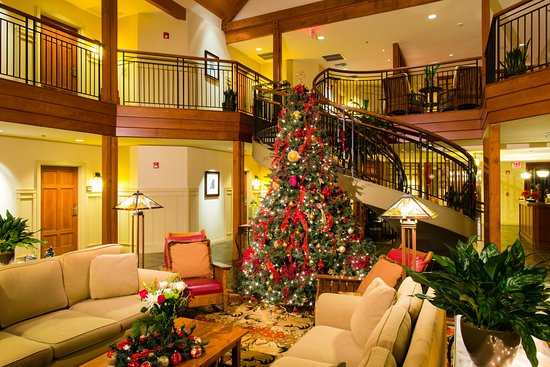 Avila Beach, Califórnia: Christmas is a magical time at the Inn