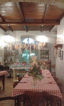 Sala principale Osteria del Trivio