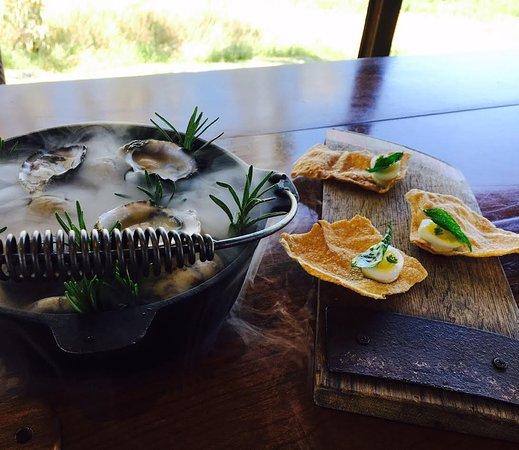 Seppeltsfield, Australie : oysters & quail eggs