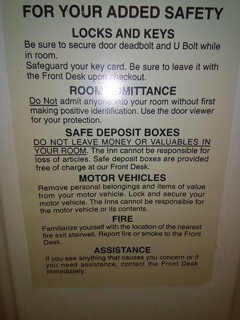 La Quinta Inn & Suites Flagstaff: Info safe available