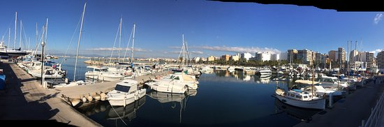 Club nautic arenal : Schöne Atmosphäre mit tollem Blick über die Playa de Palma