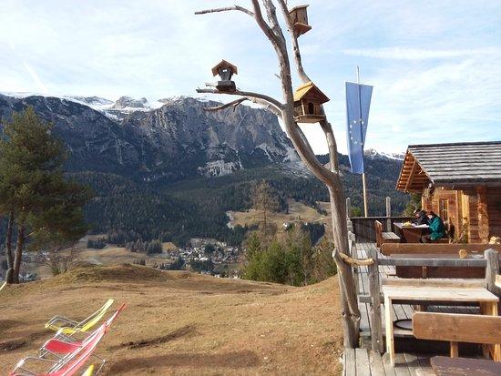 Utia L'tama Di Pitscheider Chistof  & Co: Panorama verso la Gardenazza