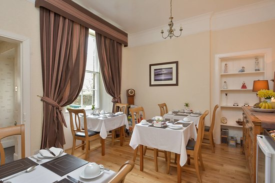 Brownlees Guest House: Breakfast Room