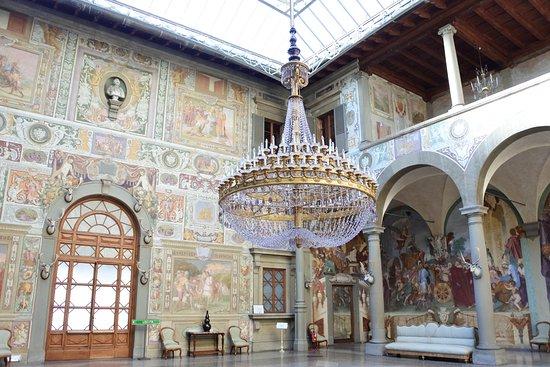 Inside the medici villa della petraia in florence for Villa la petraia