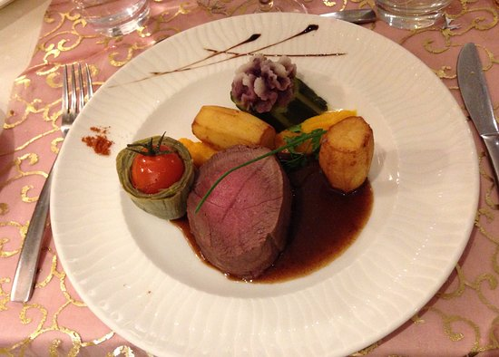 Hostellerie St Florent : Hirschrücken Tournedos