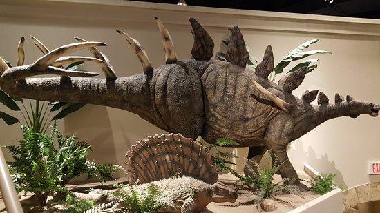Petersburg, Kentucky: Dinosaurs