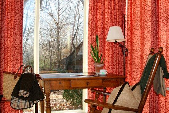 Mebane, Carolina del Norte: Milkhouse Cottage