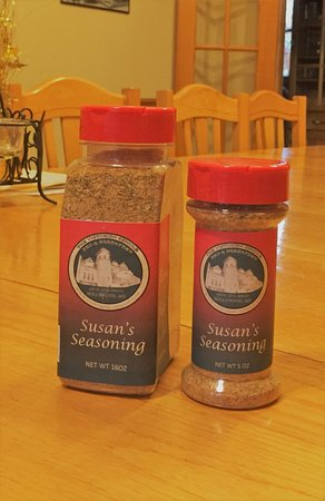 ฮอลลีวูด, แมรี่แลนด์: Susans Special Spice turns you into the perfect cook! $6 for 1 $10 for 2 for 5oz .$15 for 16oz