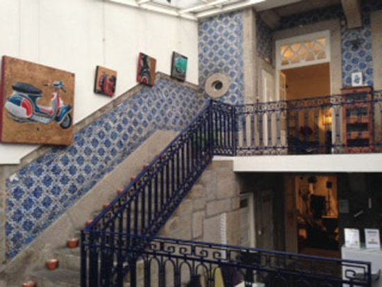 Gallery Hostel : Hallway