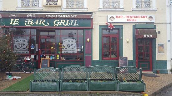 la fa ade picture of bar brasserie le grill nogent le rotrou tripadvisor. Black Bedroom Furniture Sets. Home Design Ideas