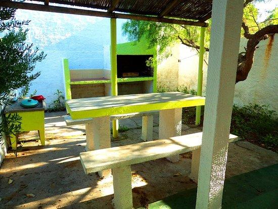 Aguas Dulces, Urugwaj: patio ,parrillero privado