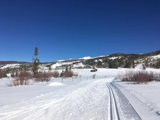 Tabernash, CO: Miles and miles of scenic trails for classic or skate skiiers