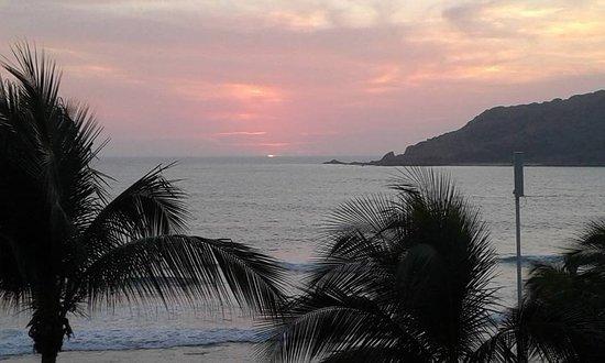 The Palms Resort Of Mazatlan: una puesta del sol maravillosa!!