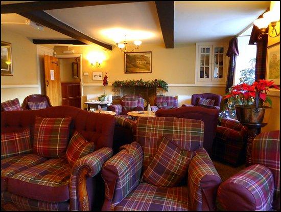 Burnsall, UK: Residents Lounge.