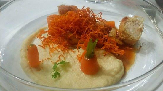 Monbazillac, France: ris de veau en 2 façons doré au sautoir et en croustillant de kadaïf,mousseline de céleri