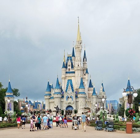cinderella s castle during the day picture of cinderella castle
