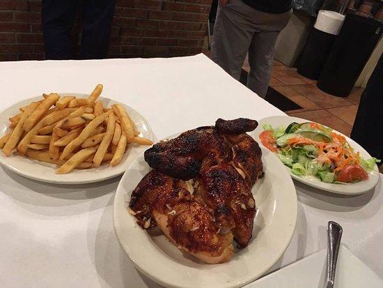 Planet Chicken: Pollo arrosto con patatine ed insalata mista