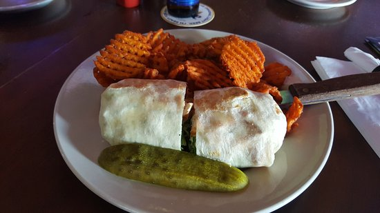 ‪‪Antioch‬, إلينوي: Chicken Cesar Wrap with Sweet Potato Waffle Fries!‬