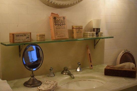 The Elms: Vintage Bathroom Necessities