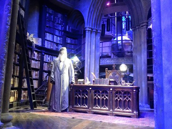 The Harry Potter London Tour By Discovery Tours: Dumbledore Office