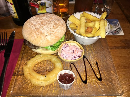 Killeagh, Ιρλανδία: The fabulous Old Thatch burger