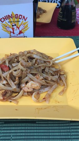 Chin-Gon Asian Flavors: Pad Thai