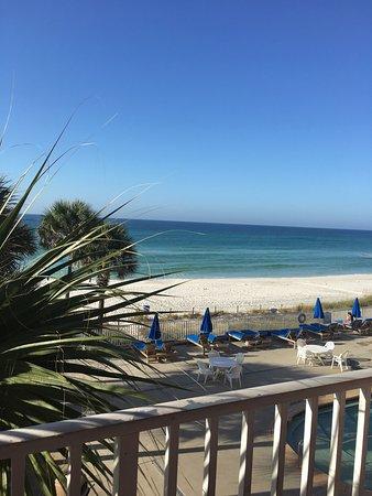 Beachcomber By The Sea : photo3.jpg