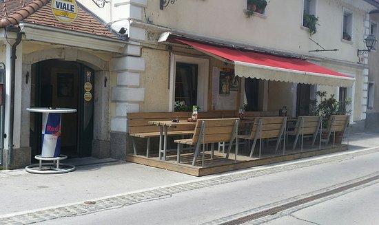 Vrhnika, Slowenien: Outside