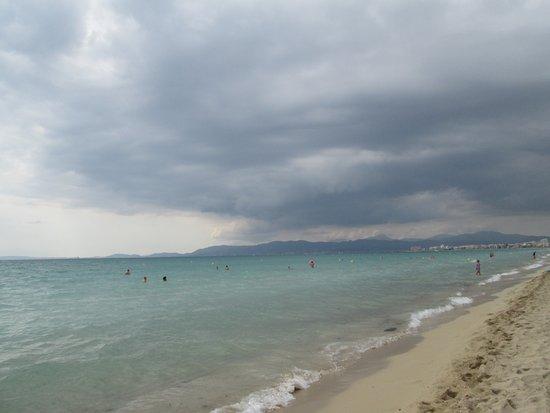 Hotel Mix Alea: пляж