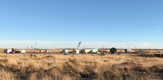 Tumble In Marfa RV Park : Distant pic of the park