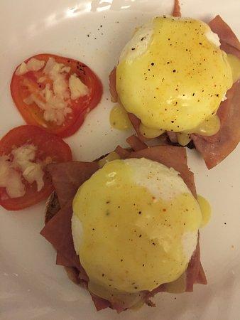Sparwood, Canadá: Eggs Benedict