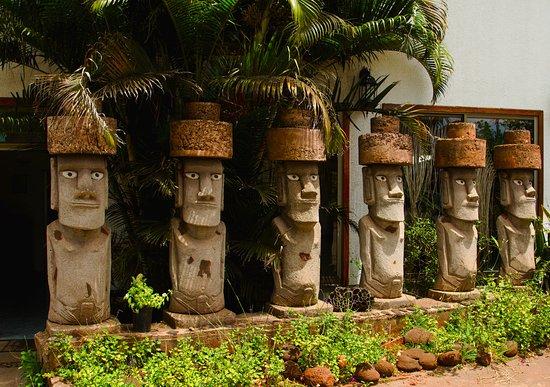 Hotel Oceania Rapa Nui: Dit staat voor de deur van het hotel