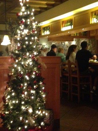 olive garden xmas decor - Olive Garden Christmas Hours