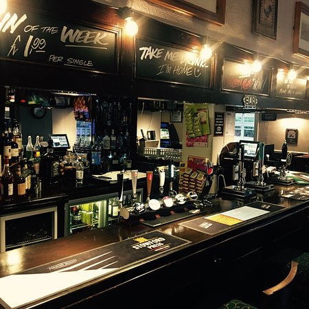 Hanwood, UK:  Public Bar, cask ales wines spirits