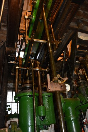 Pendeen, UK: Parts of the antique and still running steam beam engine.