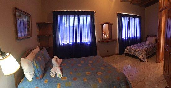Entrance - Picture of Hotel Las Orquideas, Santa Elena - Tripadvisor