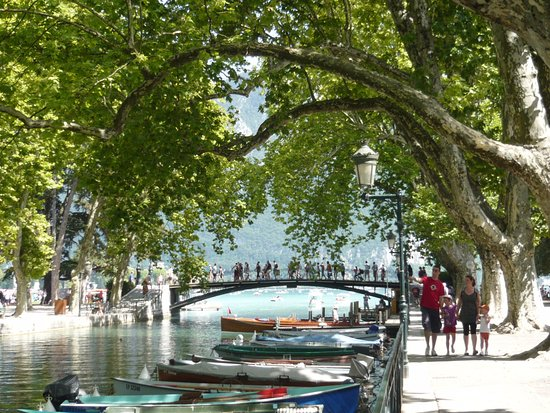 le pont des amours annecy 74000 photo de pont des amours annecy tripadvisor. Black Bedroom Furniture Sets. Home Design Ideas