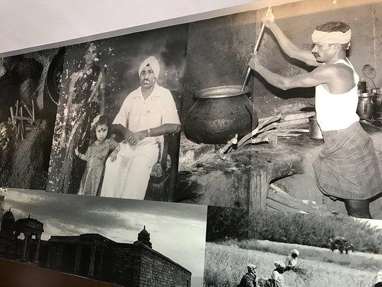 Thalappakatti Naidu Biriyani Hotel: Original Naidu gari Photo