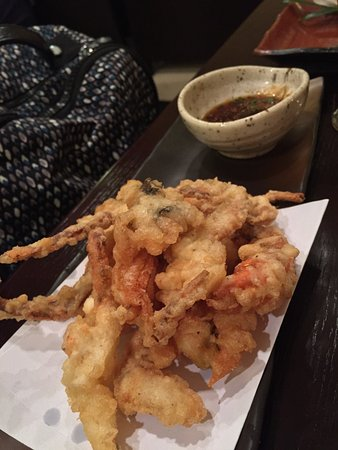 Hanami : gamberi e granchio in tempura