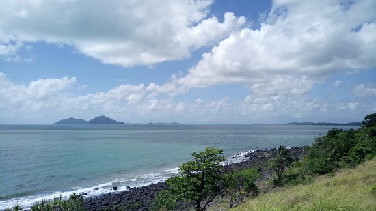 Mission Beach, Australia: View of Dunk Island from Clump Point.