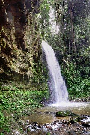Tambunan, มาเลเซีย: close up shot of Mahua Waterfall