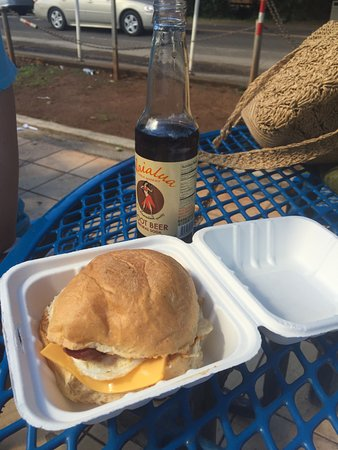 Sunset Beach, HI: Tasty, reliable breakfast sandwich - served all day