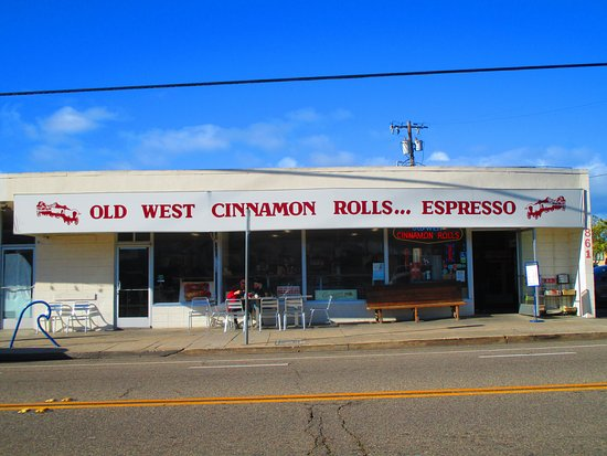 Old West Cinnamon Rolls: An absolute MUST VISIT when in Pismo Beach, CA!