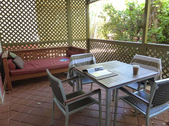 Seashells Broome: Private courtyard overlooking the pool.