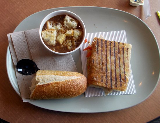 Culpeper, VA: Turkey avocada and french onion soup