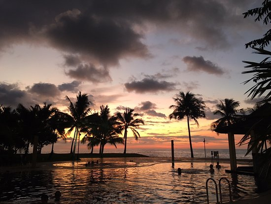 Sabah Beach Villas & Suites