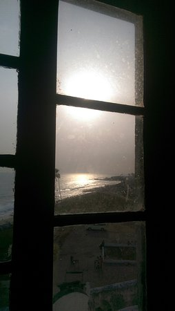 Elmina Castle: Window looking out from the Captain's quarters