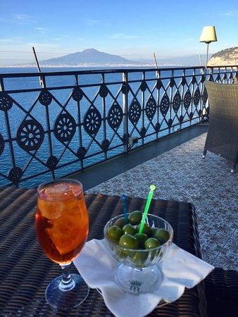 Grand Hotel Ambasciatori: The terrace