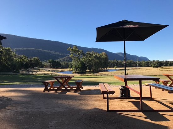 ‪‪Halls Gap Hotel Restaurant‬: This is the absolute best place in Halls Gap to go for a meal, a drink with friends at the new o‬