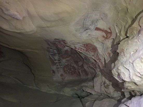 Chumash Painted Cave State Historic Park: An amazing experience for all ages!! This is REAL history. Visit!!!